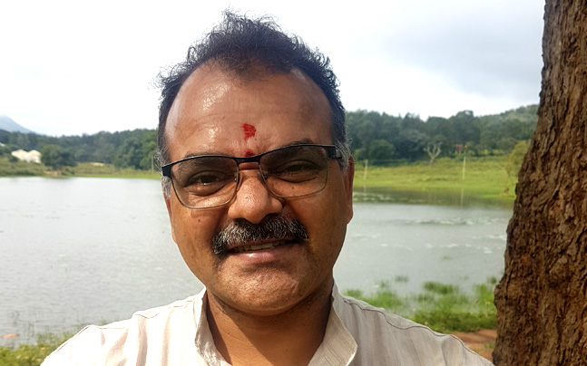 Shri Ravi Tumuluri