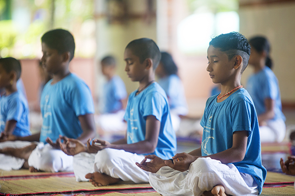 Sivananda Yoga Kids' And Teens'  Camp – April 2020